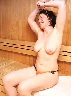 Mature Sauna Porn Pictures