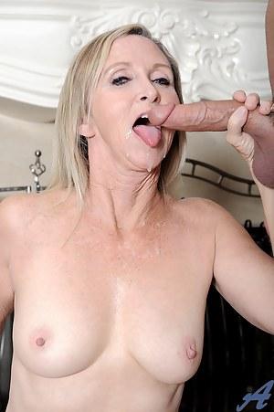 Mature Cumshot Porn Pictures