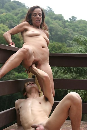 Mature Painful Porn Pictures